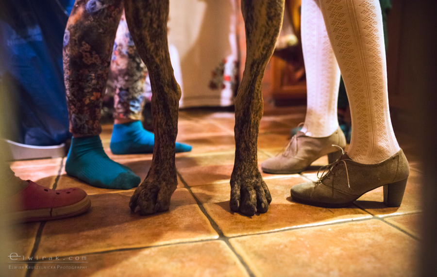 07 wiosna kobiety nogi na wsi