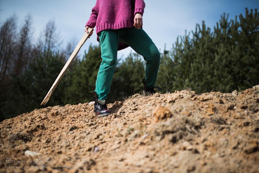 17 wiosna kobiety nogi na wsi