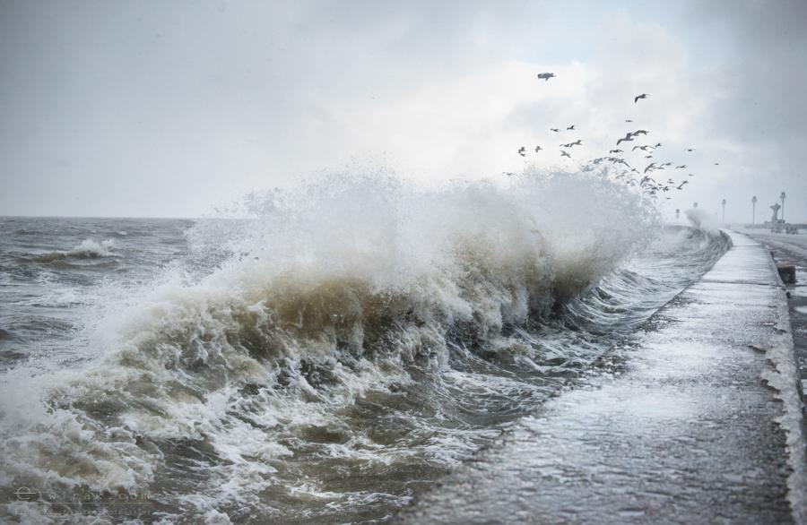 baltyk-sztorm-fale-gdynia-bulwar-2