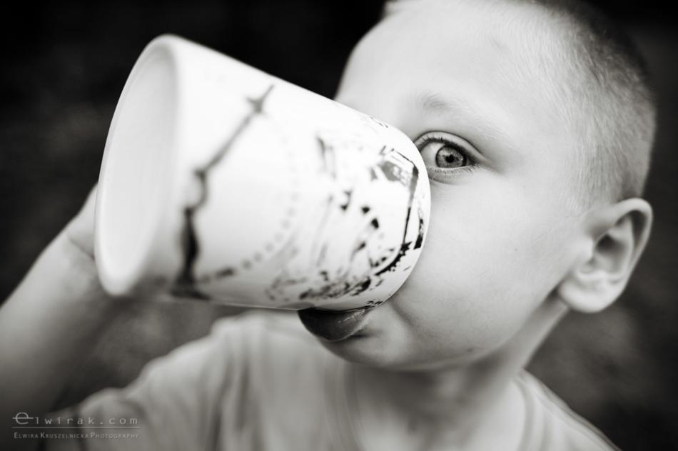 Dojenie_krowy_mleko_dziecko_fotoreportaz (10)-2
