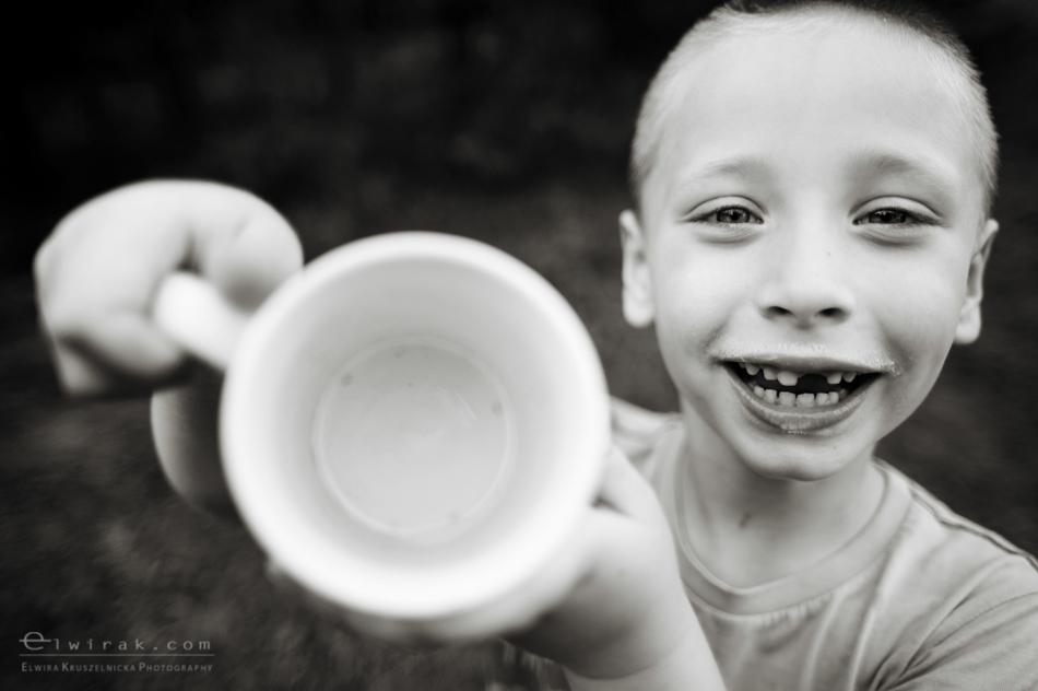 Dojenie_krowy_mleko_dziecko_fotoreportaz (11)-2