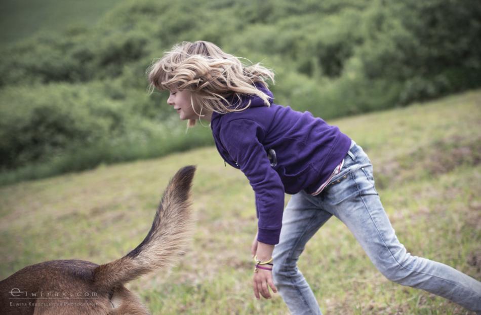 Zabawa_kreatywna_dzieci_lalka_pies_dziewczynki (10)