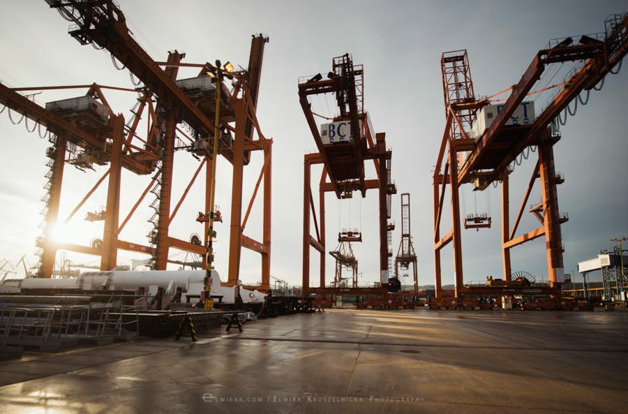 industralne wnetrza zdjecia stocznia port fabryka Gdynia (53)